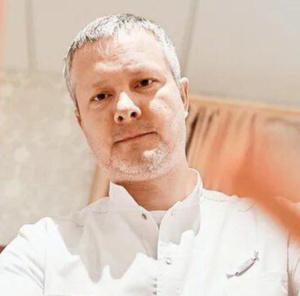 Игорь Иванусенко